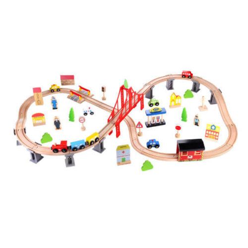 CLASSIC WOODEN TRAIN SET