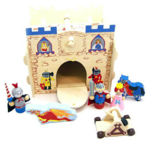 WOODEN KINGDOM PLAYSET