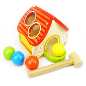WOODEN HOUSE POUNDING TOY