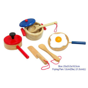 WOODEN PRETEND PLAY COOKING SET
