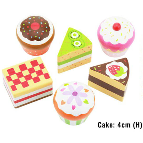 SET OF 6 WOODEN CAKES