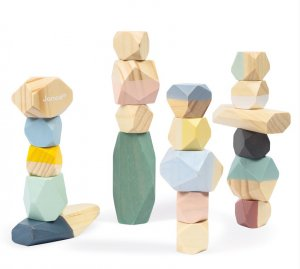cOCOON wOODEN STACKING STONES