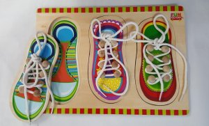 Tie the shoe lace puzzle